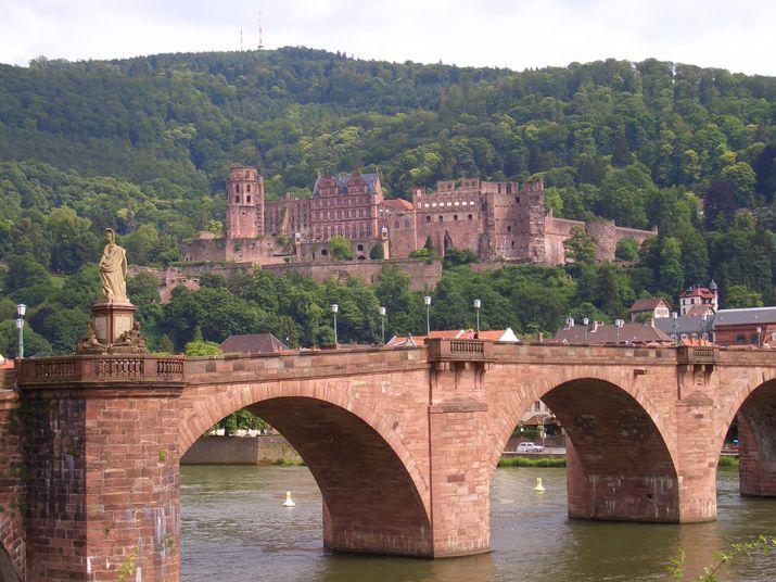 715px-SchlossHeidelberg2