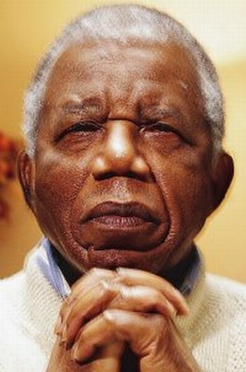 Chinua Achebe 7