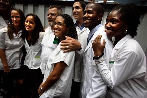 Risultati immagini per medici cubani marianna micheluzzi